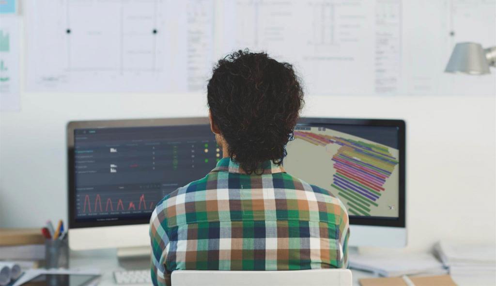 deux écrans monitoring PV